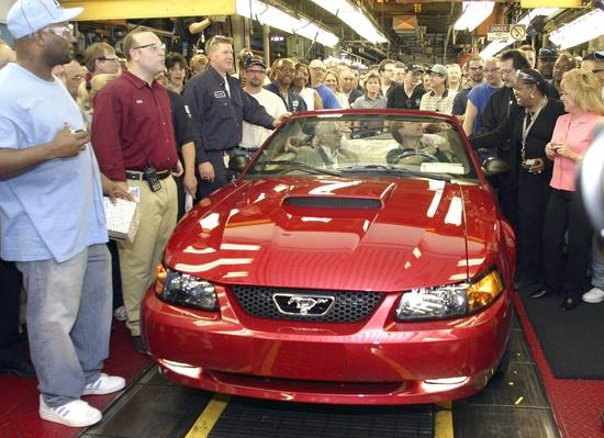 Final Car Rolls Off Historic Ford Assembly Plant | Evolution of the Automobile