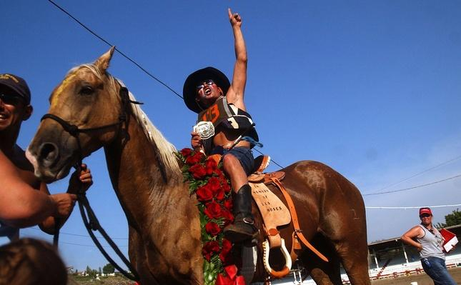Cowboys and Tourists Gather For Omak Stampede | Earth's Resources