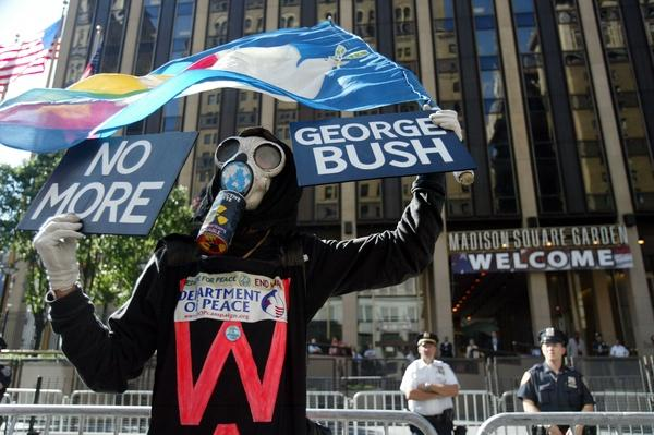 Protestors Demonstrate On Eve Of RNC | U.S. Presidential Elections 2004