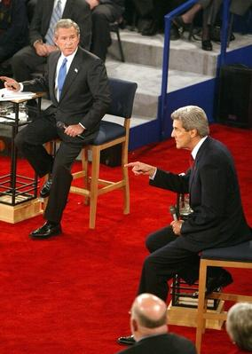 Bush and Kerry Debate for a Second Time in St. Louis | U.S. Presidential Elections: 2004