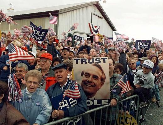 Supporters of Presidential Candidate Bob Dole Rally in Ohio | U.S. Presidential Elections: 1996