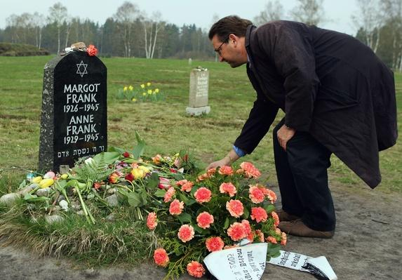 60th Anniversary Of Liberation Of Bergen-Belsen Concentration Camp | Remembering the Holocaust
