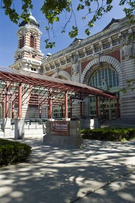Ellis Island immigration station | U.S. Immigration | 1840's to present | U.S. History