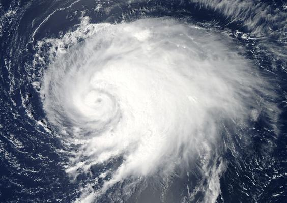 Hurricane Leslie over the Atlantic Ocean in 2012 | Natural Disasters: Hurricanes, Tsunamis, Earthquakes