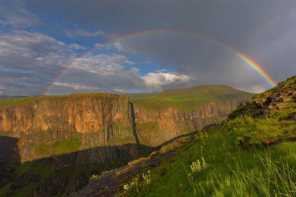 Maletsunyane Rainbow | Earth's Surface