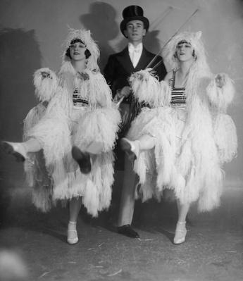Dolly Sisters | The Gilded Age (1870-1910) | U.S. History