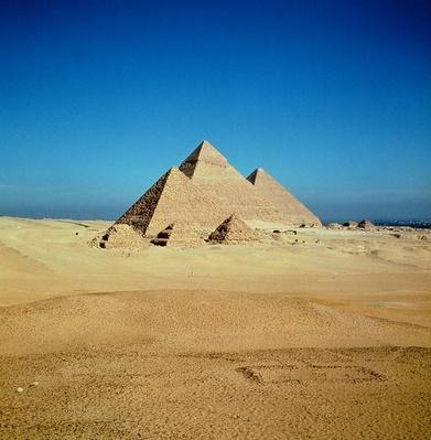 View of the Pyramids of Khufu, Khafre and Menkaure, Old Kingdom