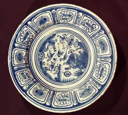Blue dish, deriving from a late Ming Export, possibly from the Christian Wilhelm factory, Southwark, London, c.1635-40