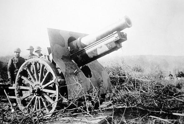 British artillery in the Battle of the Somme, July 1916