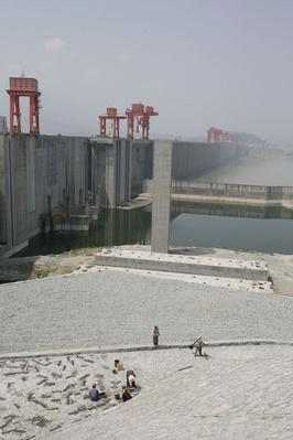 Tourist Industry Taps Into The Three Gorges Dam | Human Impact on the Physical Environment | Geography