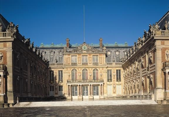 The Louis XIII Courtyard, or the Marble Courtyard, remodelled by Louis Le Vau
