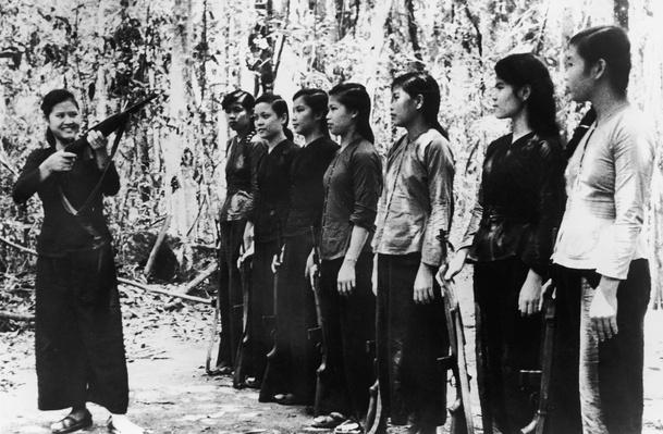 Women's Rifle Training | Vietnam War