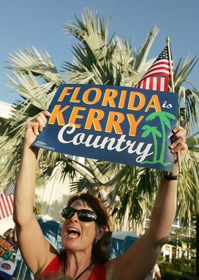 Kerry Campaigns In Florida | U.S. Presidential Elections 2004