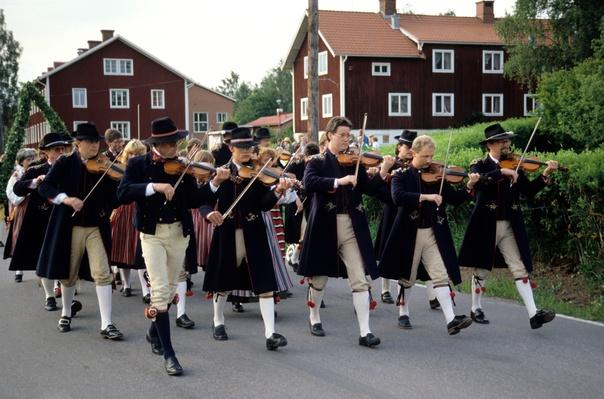 A marching band, Sweden | Musical Instruments