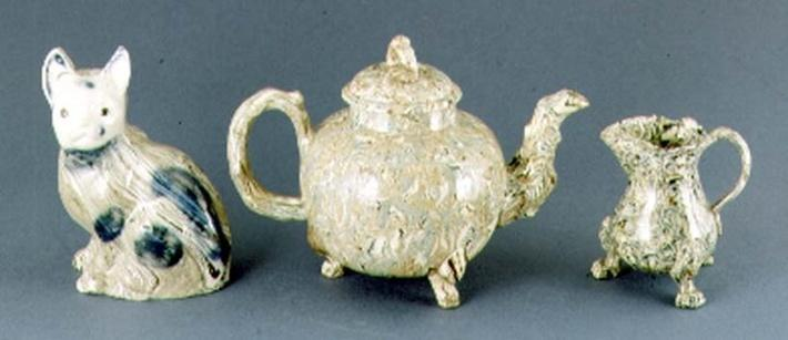 Teapot and cream jug, c.1745-50