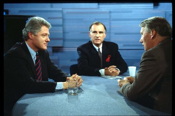 Arkansas Governor Bill Clinton and Former California Governor Jerry Brown on MacNeil-Lehrer News Hour | U.S. Presidential Elections: 1992