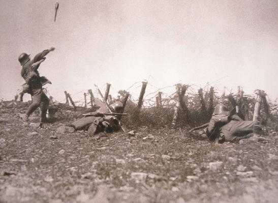 WWI German stormtroopers on the Western Front, 1918