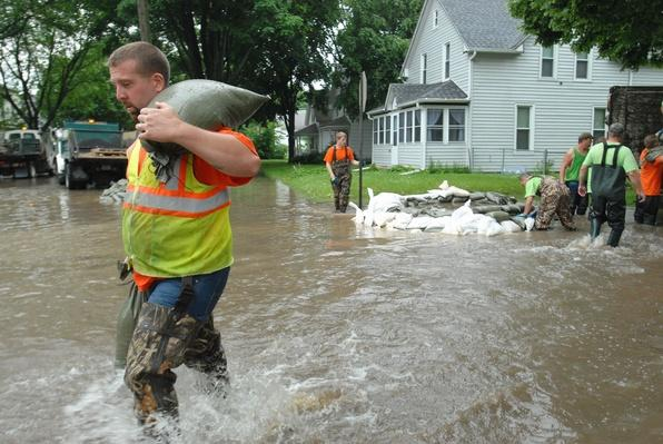 Iowa Faces Next Round of Flooding   Earth's Surface