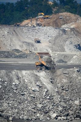Mountaintop Removal Coal Mine Site | Earth's Resources