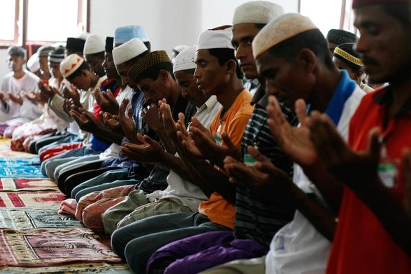 Myanmar Refugees Recover In Aceh | Conflicts: Burma