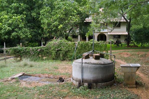 Small Domestic Biogas Plant, Fuel Source | Earth's Resources