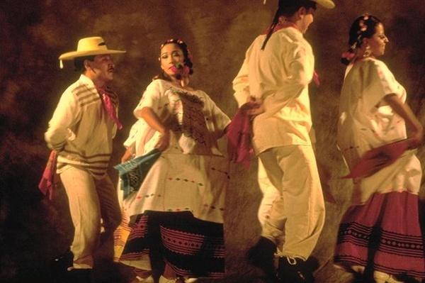 Hispanic Culture in Utah: El Conjunto Folklorico Citlali