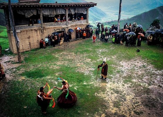 Practice Day of the Lama Dances | Global Oneness Project
