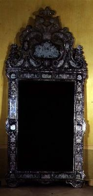 Looking glass, with House of Nassau coat of arms, engraved by Carl Sang, 18th century