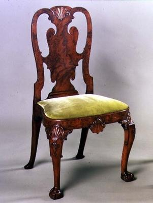 George I side chair with shell carving and cabriole legs, c.1720