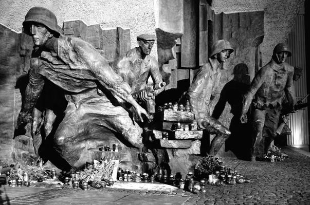 Monument to the 1944 Warsaw Uprising | World War II