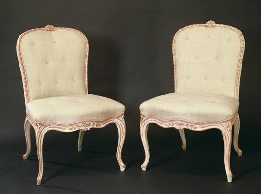 Pair of white painted Hepplewhite chairs in the French manner, c.1775