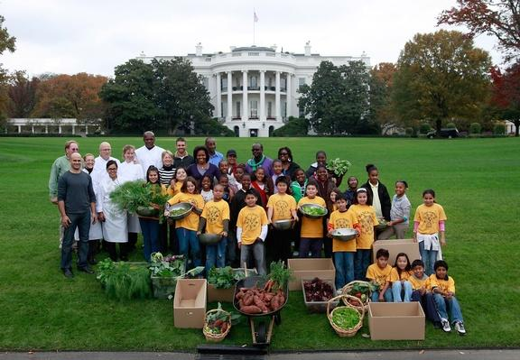 Michelle Obama and Students Help with Harvest of White House Garden | Agriculture and Forestry