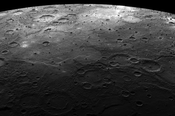 Large craters on the planet Mercury | Earth and Space
