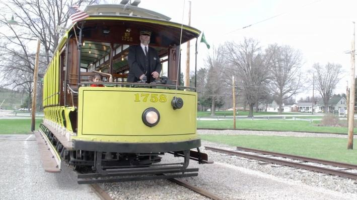 A Ride on a Real Trolley | Daniel Tiger's Neighborhood