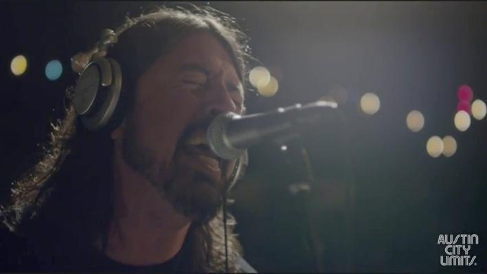 "The Foo Fighters Perform ""Two Headed Dog"" 