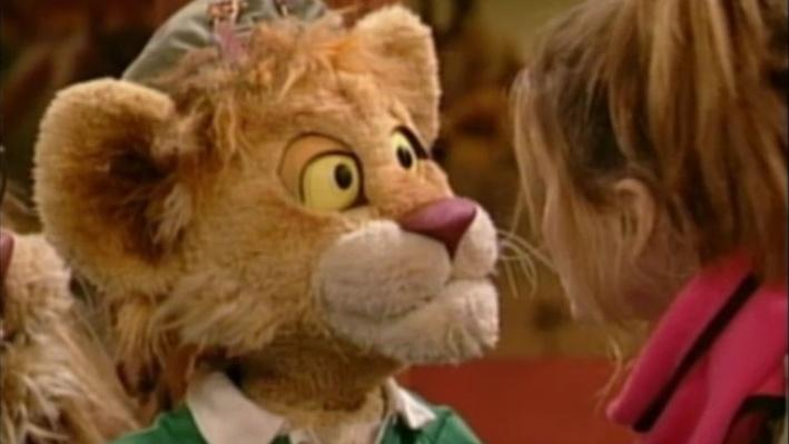 Between the Lions: A Peck of Peppers | Totally Twisted