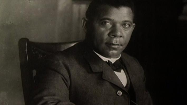 Dr. Bledsoe: A Fictional Booker T. Washington