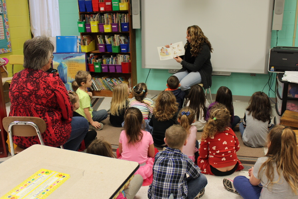 Bright Spots l Roane County Read from the Heart Day
