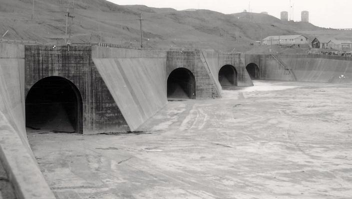 Fort Peck Dam: Calamity at the Dam Video