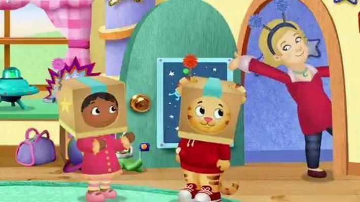 Daniel and Miss Elaina Play Rocketship | Daniel Tiger's Neighborhood