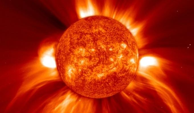 "Eruptions on the Sun Set Off ""Solar Tsunamis"""