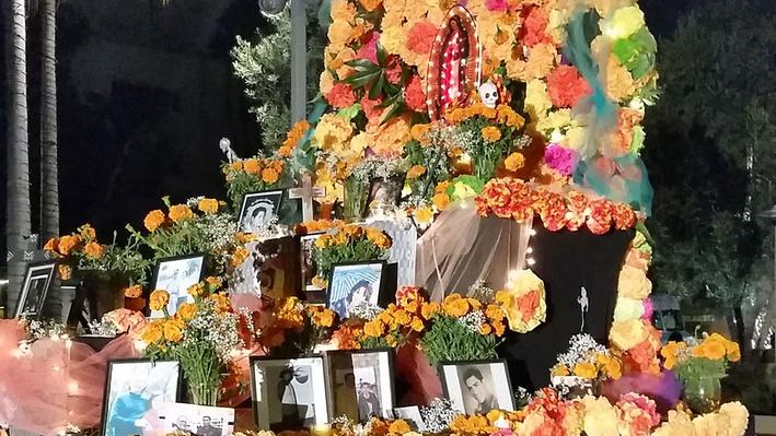 Day of the Dead Community Altar at Grand Park, Los Angeles | Craft in America
