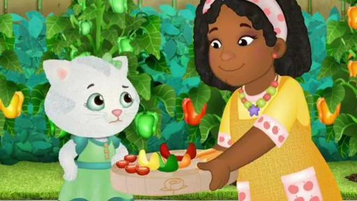 Katerina Finally Tries a New Food | Daniel Tiger's Neighborhood