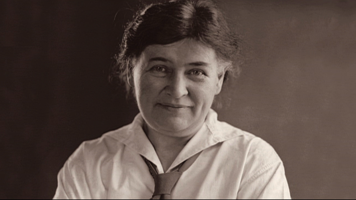 Meet Willa Cather