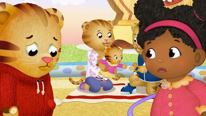 Mom, Dad, Look at Me! | Daniel Tiger's Neighborhood
