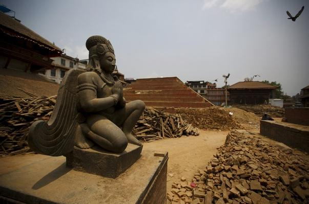 Nepal Earthquake Destroys Ancient Temples, Historic Sites – Video
