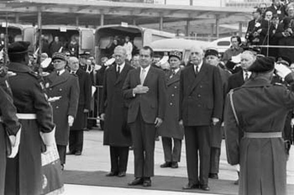President Nixon, France, 1969