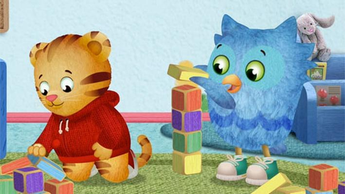 O Builds a Tower | Daniel Tiger's Neighborhood