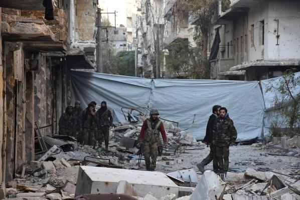 Aid Groups Call for Access as Airstrikes Continue in Aleppo – Video