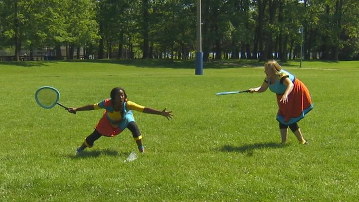 Badminton | Statues au parc